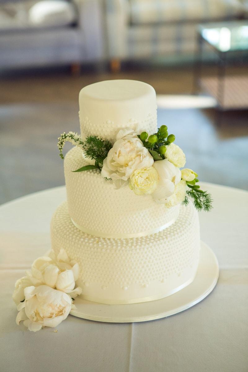 Wedding Cake - Peninsula Cake Art - T-ONE Image 2.jpeg-min ...